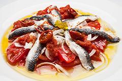 ensalada-tomates-y-lomos-sardina_c